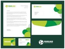 Unternehmensbriefpapierschablonendesign mit Elementen Stockfoto