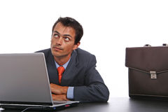 Unternehmensperson, die Laptop verwendet Lizenzfreie Stockfotos