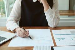 Unternehmensplanung im B?ro stockfotos