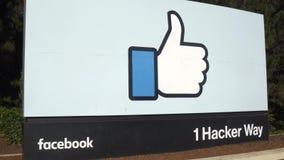 Unternehmenszentrale Facebooks unterzeichnet herein Silicon Valley stock footage