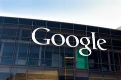 Unternehmenszentrale und Logo Googles