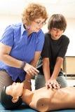 Unterrichtender CPR stockfotografie