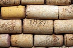Unterschiedlicher Wein bekorkt Beschaffenheit stockfotos