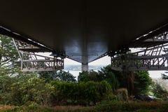 Unterseite der Cleddau-Brücke Stockfoto