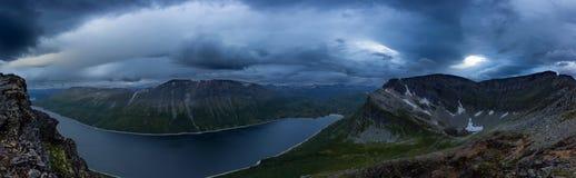 Untersuchung ein norwegisches Tal Stockfotografie