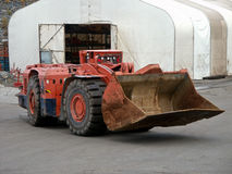 Untertageschaufelförderwagen Stockbild