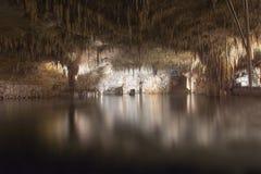 Untertagesee in der Drachehöhle Cuevas Del Drach, Porto Cristo, Mallorca, Spanien Stockfotografie