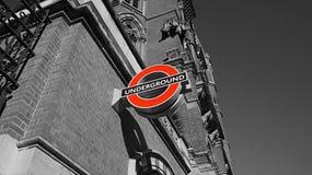 Untertagezeichen in London Stockbild