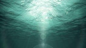 Unterwasser-Sun-Strahlen im Ozean (Schleife) stock footage