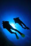 Unterwasseratemgerät-Taucher Stockfotos