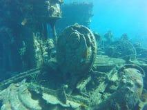Unterwassermaschine in einem Wrack Stockfotos