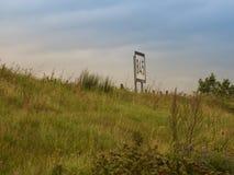 Unterzeichnen Sie auf den Banken des Rheins 845 Kilometer Stockfotos