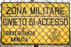 Unterzeichnen Sie, das herein Italienisch liest Lizenzfreie Stockbilder
