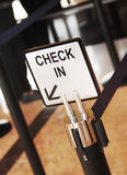 Unterzeichnen Sie herein das Hotel mit Raum für Ihren Text Lizenzfreies Stockfoto
