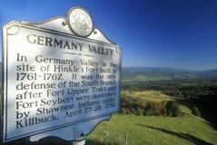 Unterzeichnen Sie Unterlassungsdeutschland-Tal, Allegheny-Berge, szenischer Weg 219, WV Stockfoto