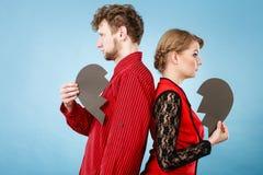 Untröstliche Paare, die zusammen stehen Lizenzfreie Stockbilder