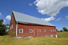 Unused red dairy barn Royalty Free Stock Photography