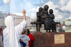Unveiling. Russia. Kaluga region. 21 August 2010. unveiling of the monument of Mother Teresa Calcuttain cultural and educational center etnomir.meropriyatie held Royalty Free Stock Images