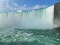 Unvergessliche Sommerreise zu Niagara Falls Stockfotos