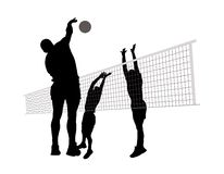 Uomini che giocano pallavolo Immagini Stock Libere da Diritti