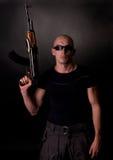 Uomini con la pistola immagini stock