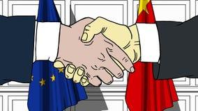 Uomini d'affari o politici che stringono le mani contro le bandiere dell'UE e della Cina Animazione relativa del fumetto di coope royalty illustrazione gratis
