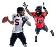 Uomini dei giocatori di football americano isolati immagine stock