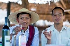 Uomini della tribù di Intha, Myanmar Fotografie Stock Libere da Diritti