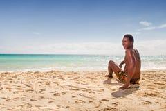 Uomini di colore alla spiaggia fotografia stock