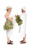 Uomini di mezza età con i ramoscelli della quercia per il bagno russo Immagini Stock