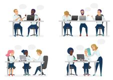 Uomini e la gente delle donne che si siede, lavorante allo scrittorio e stante nell'ufficio moderno, lavorante ai computer e parl illustrazione di stock