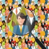 Uomini in folla sotto la lente d'ingrandimento, illustrazione piana Fotografia Stock Libera da Diritti