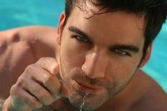 Uomo in acqua Fotografie Stock Libere da Diritti