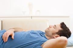 Uomo addormentato Immagini Stock Libere da Diritti