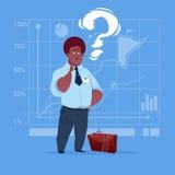 Uomo afroamericano di affari con la domanda Mark Pondering Problem Concept royalty illustrazione gratis
