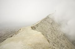 Uomo al vulcano di Bromo Fotografia Stock