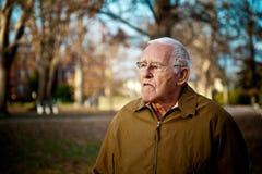 Uomo anziano brontolone Fotografia Stock Libera da Diritti
