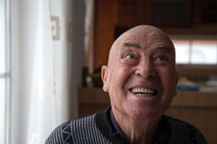 Uomo anziano calvo pazzo Fotografie Stock