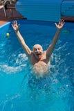 Uomo anziano che ha divertimento. Fotografie Stock Libere da Diritti