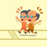 Uomo anziano del fumetto e donna anziana che corrono insieme e che sorridono Fotografia Stock