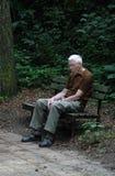 Uomo anziano depresso fotografie stock libere da diritti