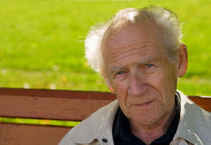 Uomo anziano Pensive Immagini Stock Libere da Diritti