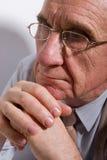 Uomo anziano serio Fotografie Stock