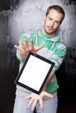 Uomo astuto con il calcolatore del ridurre in pani Fotografie Stock