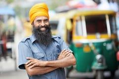 Uomo automatico indiano del driver del tut-tuk del risciò Immagine Stock