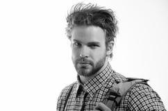 Uomo bello o studente astuto in vetri del nerd sulla testa immagini stock libere da diritti