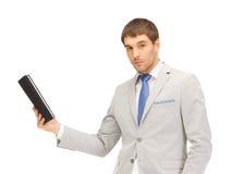 Uomo calmo con il computer del pc della compressa Fotografie Stock Libere da Diritti
