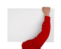 Uomo in camicia che tiene segno in bianco Fotografie Stock