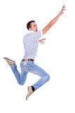 Uomo casuale giovane di salto Fotografie Stock