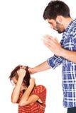 Uomo che abusa donna Fotografia Stock